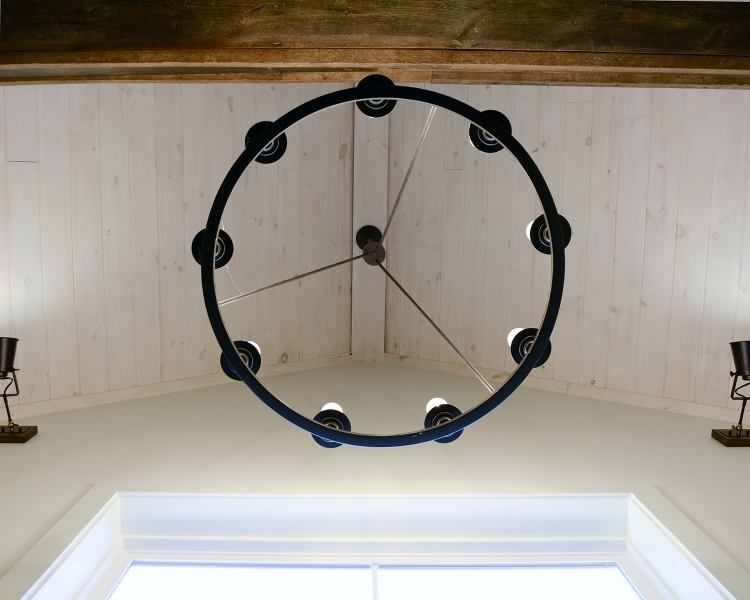 Chandelier-Circle