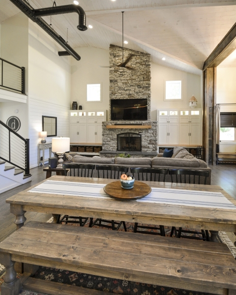 Dining-View-to-Fireplace